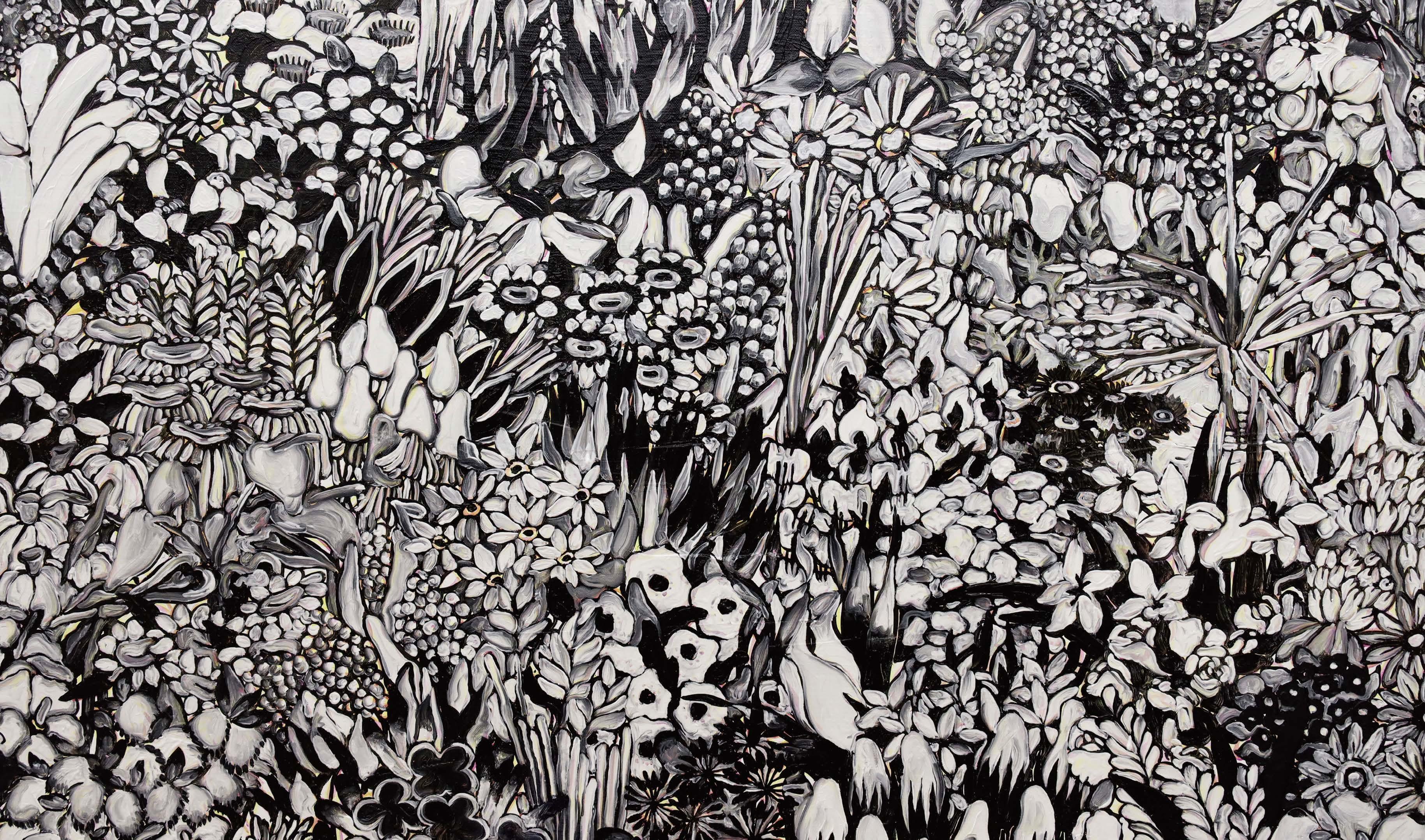 <p>秋田魁新報社特別賞</p> <p>「モノピカル」</p> <p>南林 いづみ Minamibayashi Izumi<br /> (ビジュアルアーツ専攻)</p> <p>常に意欲的に実験を重ね、質の高い制作姿勢を貫く作者は、無数の植物が埋め尽くす絵画を描く。作者が描き続けるこのシリーズは 、これまで圧倒される極彩色とさまざまなサイズによる制作が行われてきた。しかし、卒業研究作品は、一転して色彩はほぼモノクロームを採用することで、モチーフ個々の形態やテクスチャーの特性が強まり、大画面であることも相まって、きわめて鮮烈な絵画体験を見る者に与える意欲作となった。</p> <p>平面作品 絵画2点</p>